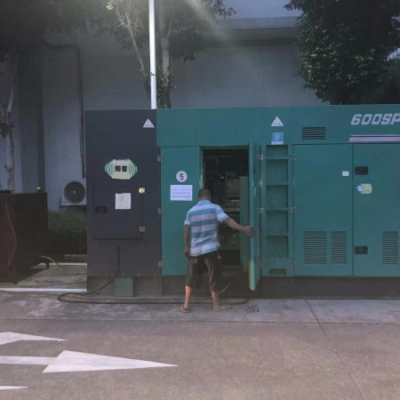 东莞发电机出租-东莞1800KW发电机出租