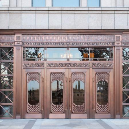 重庆豪华酒店铜门 玻璃铜大门 地弹簧铜门定做 全国铜门铜窗加工生产价格