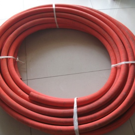 蒸汽胶管 耐磨 耐腐蚀  耐老化 厂家直销 专业生产