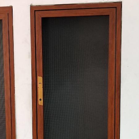 高透纱窗 金刚网纱窗 纱门 可上门量尺安装 售后无忧 详情可咨询来电