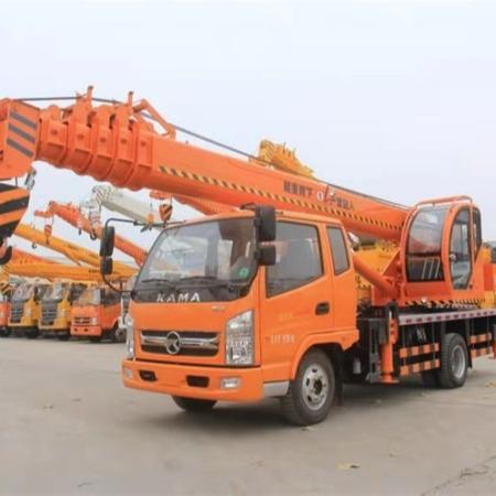 山东八吨吊车参数 8吨吊车价格表 8吨汽车吊
