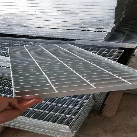 双美厂家 在线报价 防盗不锈钢沟盖板 楼梯踏步平台钢格板 雨水篦子网格板