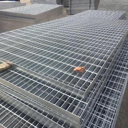 厂家直销齿形钢格板  防锈力强钢格板厂家  防滑密型钢格栅板 玻璃钢格栅