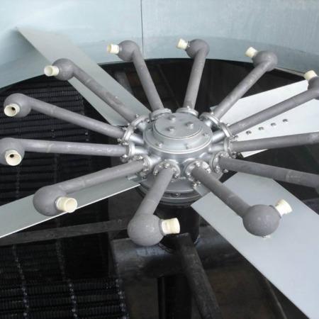 冷却塔自转喷雾风机 带风扇旋转式雾化器布水雾化装置