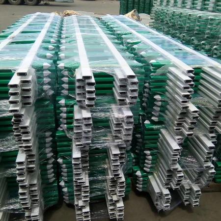厂家定制PVC草坪护栏园艺绿化带塑料护栏40公分栅栏公园花坛环保护栏
