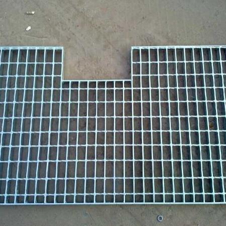 供应甘肃 400宽 G353/30/100 多种尺寸规格镀锌钢格板平台钢格板