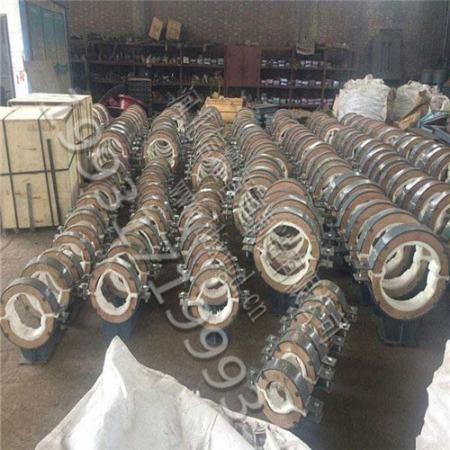 销售轻型重型管卡管托合金扁钢防震管夹U型球墨铸铁管夹