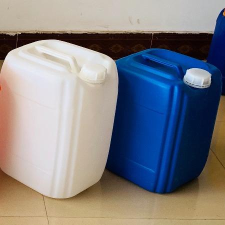 新20升塑料桶 20公斤小口桶 20kg堆码塑胶桶 20L液体包装专用