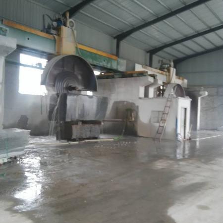 厂家供应优质鲁灰毛板··鲁灰厂家·鲁灰光板·山东鲁灰路沿石