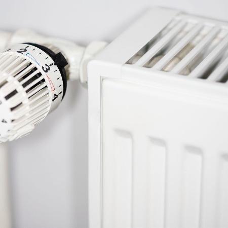 电热地暖成本 地暖自己供 地暖电热器 地暖烧什么 地暖得多钱