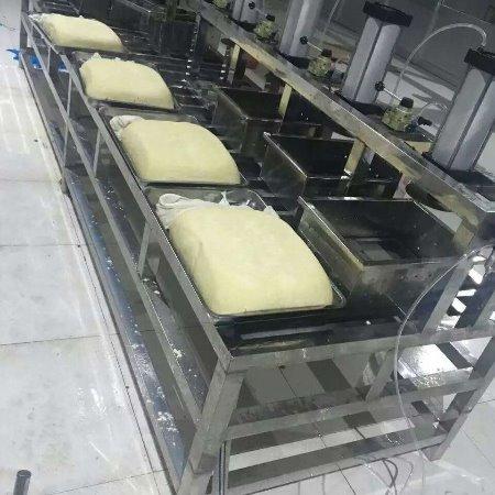 云南豆腐成型机压榨机压机豆腐磨具加工定制 直销厂家
