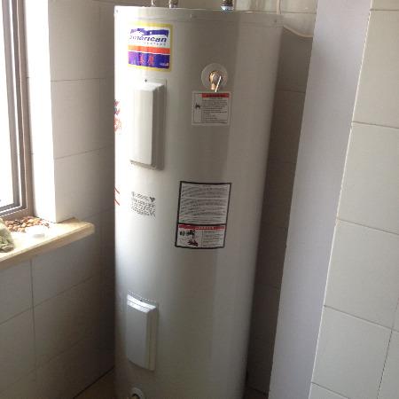 进口尚用热水器美国热水器美鹰进口容积式热水器