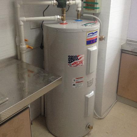 美鹰容积式热水器 商用燃气热水器宾馆连锁酒店专用机型美鹰电锅炉厂家代理