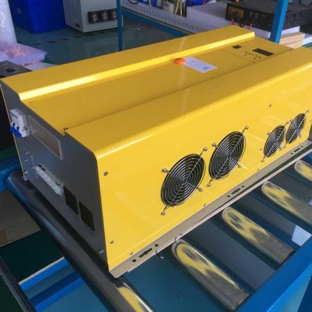 鸿伏专业生产高端太阳能逆变器 DC48V/72V转AC220V/12KW多功能工频逆变器