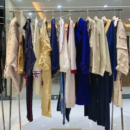 重庆品牌折扣女装店 品牌折扣女装店 走份批发多少钱