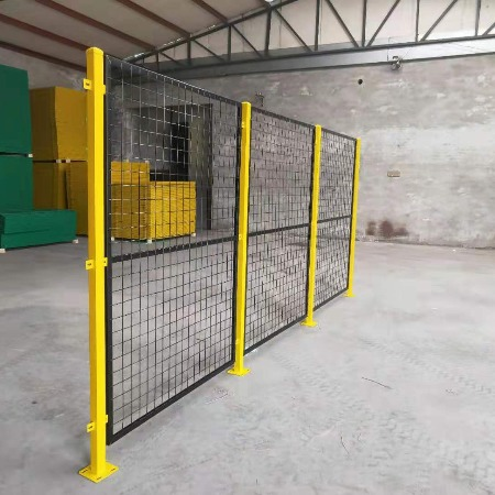 衡水市安平县港达护栏网厂 生产车间隔离网 库房隔离网 隔离网价格