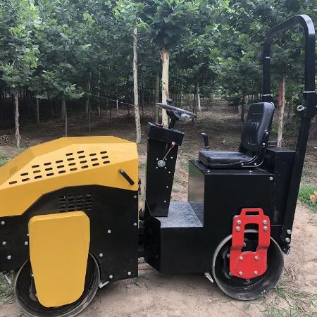 浩鸿全液压一吨压土机 座驾式双钢轮压实机 沟槽回填土压实机