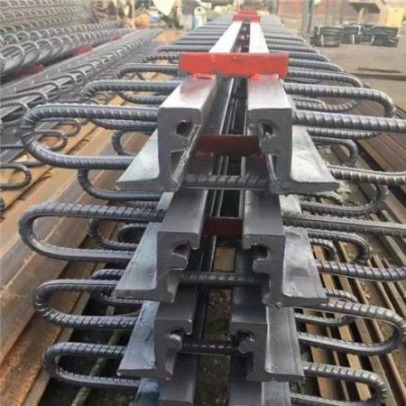 军桥160型桥梁伸缩缝规格型号齐全厂家出厂价供应全国