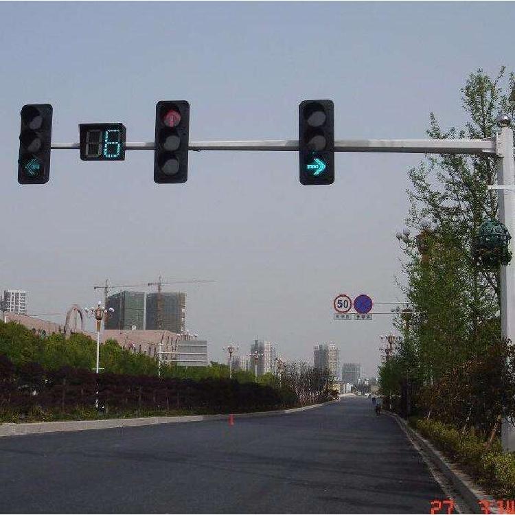 江西交通信号灯 双横臂单立柱江西交通信号灯 太阳能信号灯 江西红绿灯警示灯