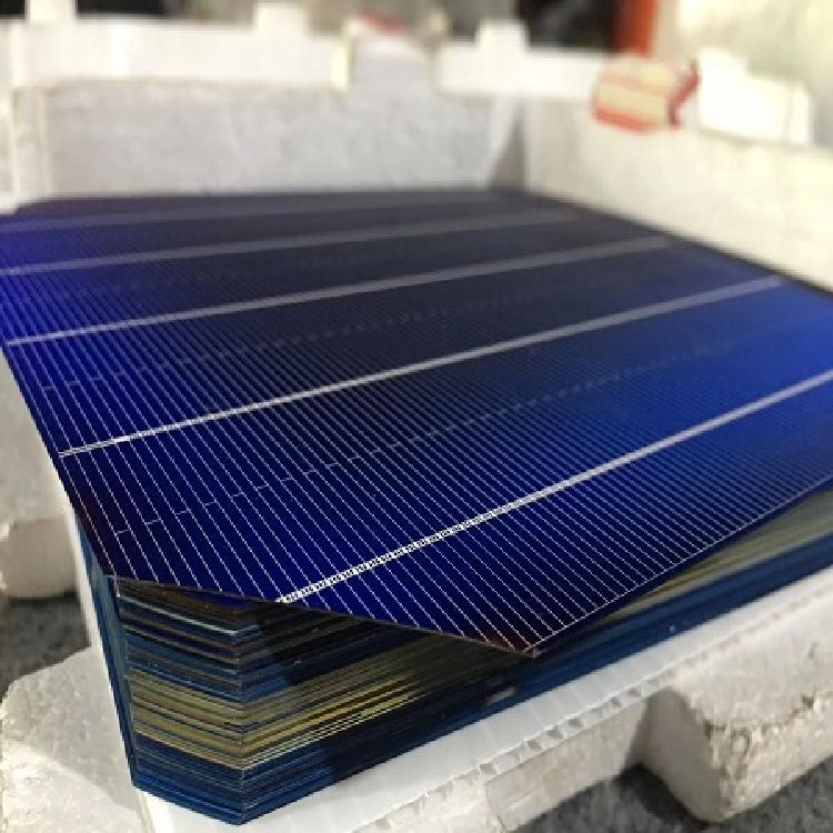 【回收缺角电池片】_高价回收  18662656088 苏州怡凡鑫硅新能源高价回收电池片