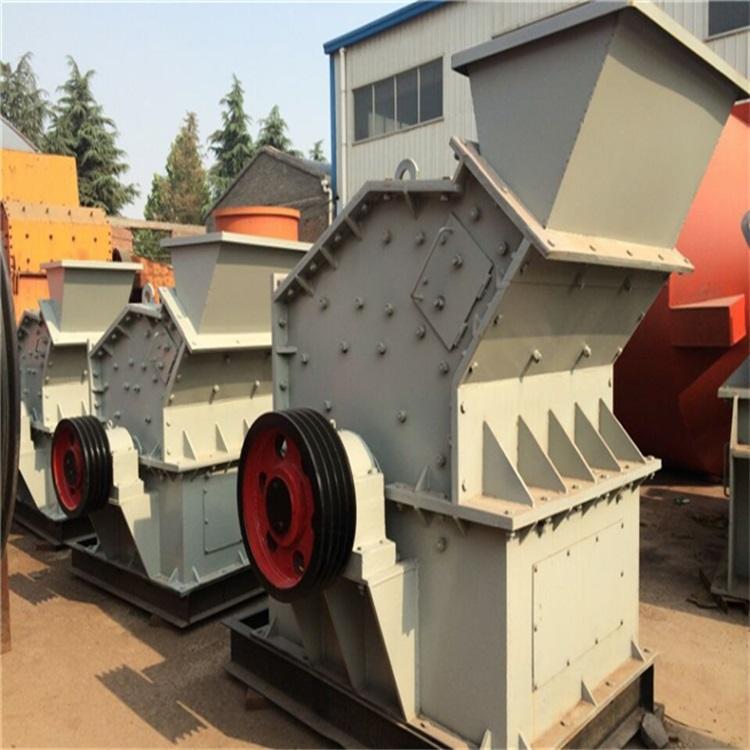 第三代制砂机    细碎机   祥镕机械   鹅卵石液压开箱制砂机   流纹岩一次成型制砂机