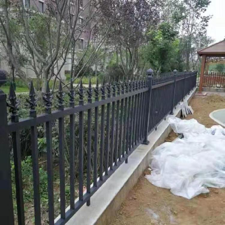 别墅围墙栏杆铝合金护栏院墙【铝艺护栏】花园铝制护栏杆厂家定制 欧式庭院铝艺护栏