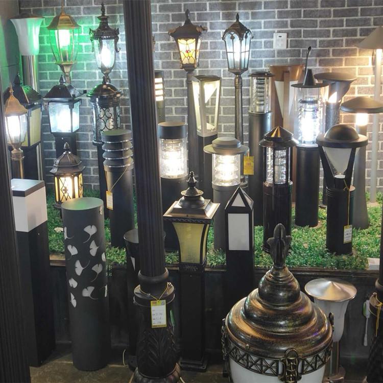 草坪灯_河南生产加工定制批发,常年全国供货各种太阳能路灯,景观灯,草坪灯,庭院灯,高杆灯,柱头灯