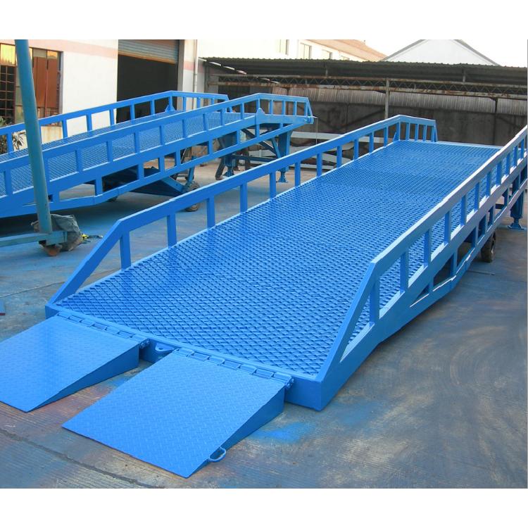 超瑞厂家定制6吨8吨移动式登车桥叉车装卸货登车桥设备