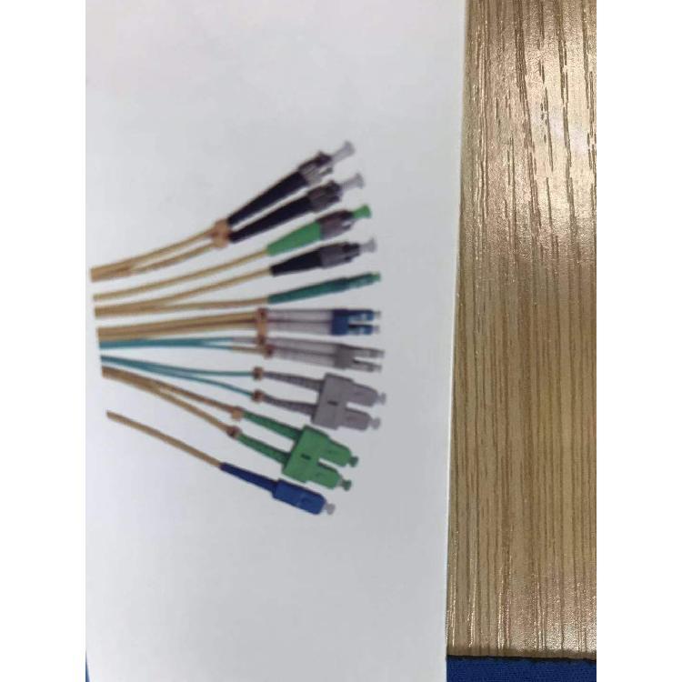 飞宇长期供应光纤跳线厂家直销价格实惠质量可靠