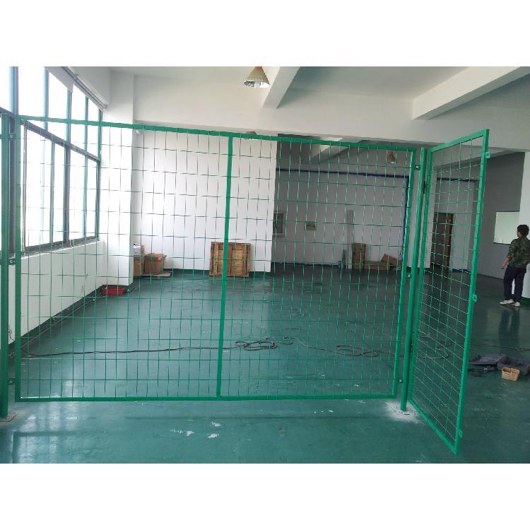 成都欧泰厂家直销 防护网 公路道路 机场隔离网 框架护栏包塑铁线 铁路防护栏 绿色围栏