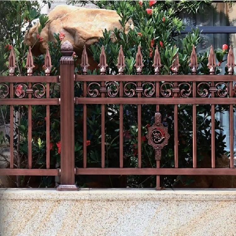 草坪围栏 别墅铝艺围栏 公路围栏 铁丝网围栏 绝缘围栏 操场围栏