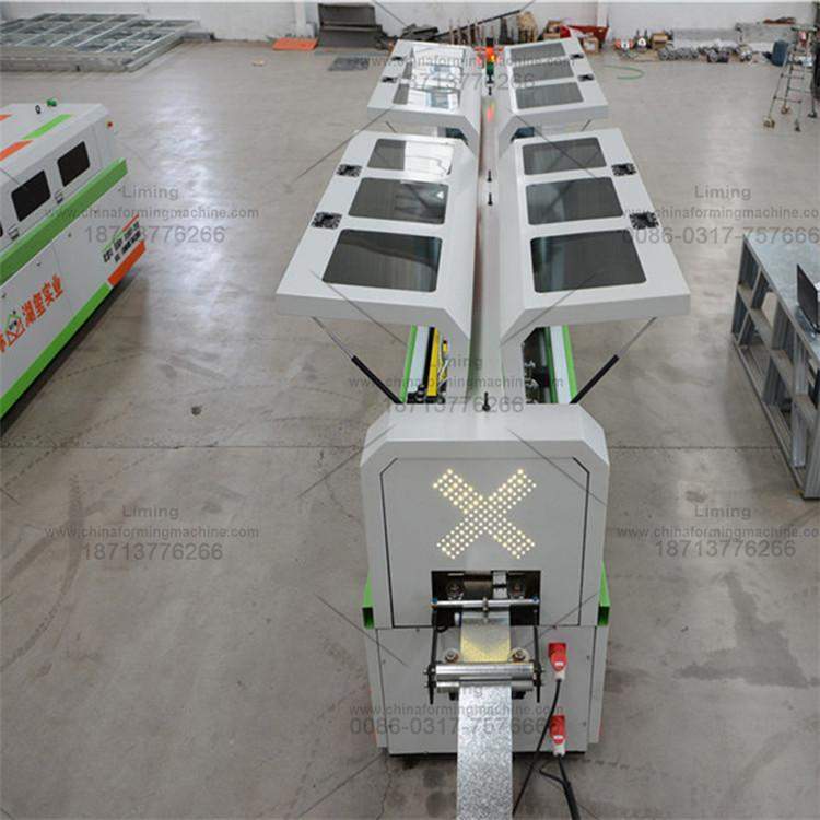 U型钢设备  轻钢别墅龙骨机  轻钢别墅设备  湖玺实业生产厂家