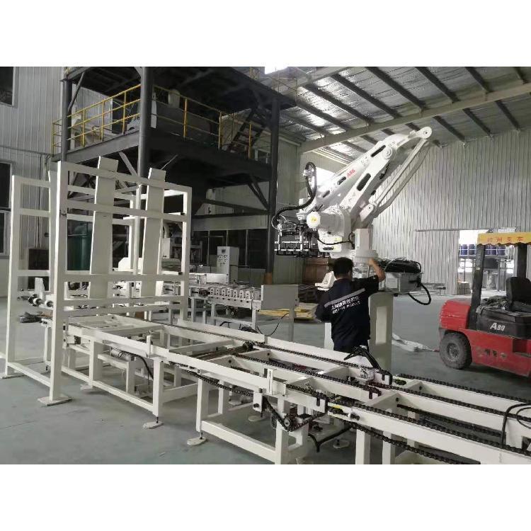 【上海通尊】内循环式热收缩包装机 经久耐用优惠促销大量供应快速报价量大从优 装盒机