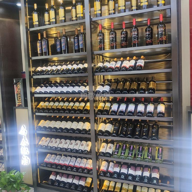 嵌入式恒温酒柜-不锈钢酒柜-餐厅酒柜-酒柜定制生产-玛歌伦堡
