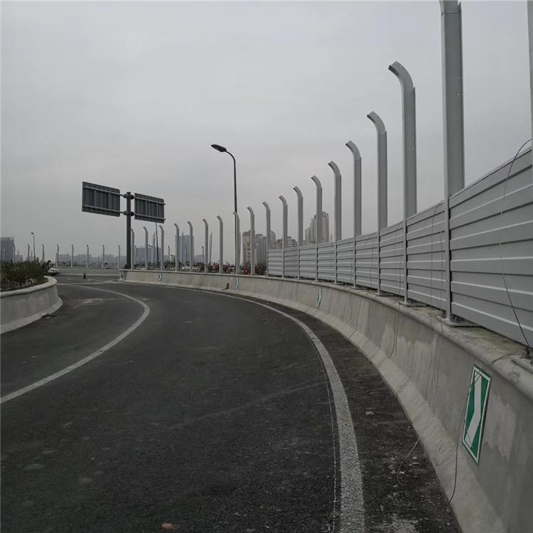 盛迈亿 桥梁声屏障 桥梁金属声屏障 百叶孔声屏障