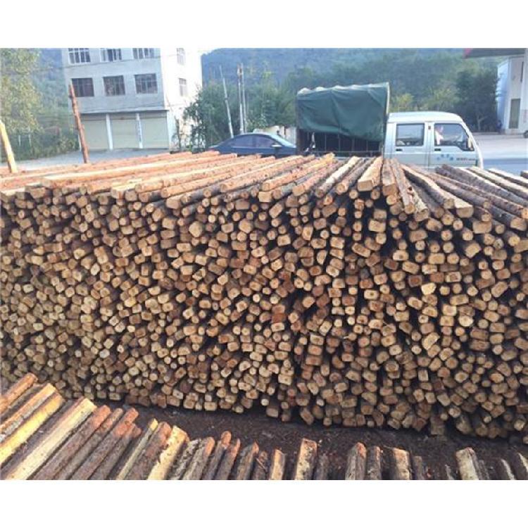 河南郑州园林绿化工程 用品 批发 杉木杆 园林绿化植树杆 支撑杆 竹竿 竹子 产地直销