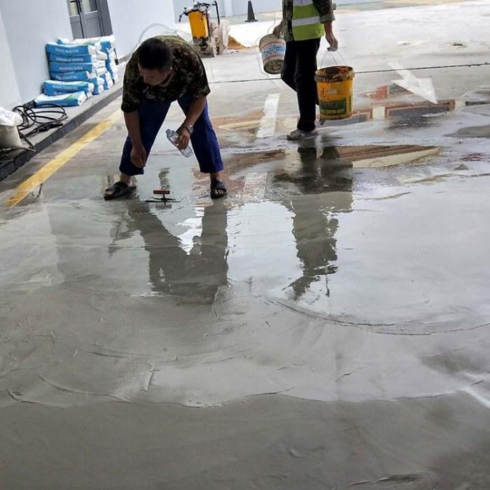 混凝土路面修补处治措施 路面露骨可用水泥浆修补