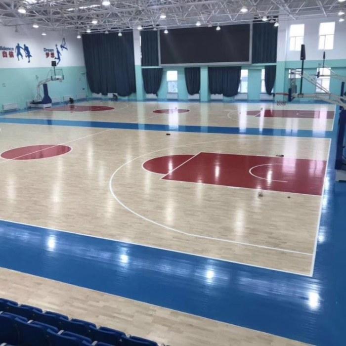 亿鑫运动地板厂家定制  翻新学校篮球馆木地板价格