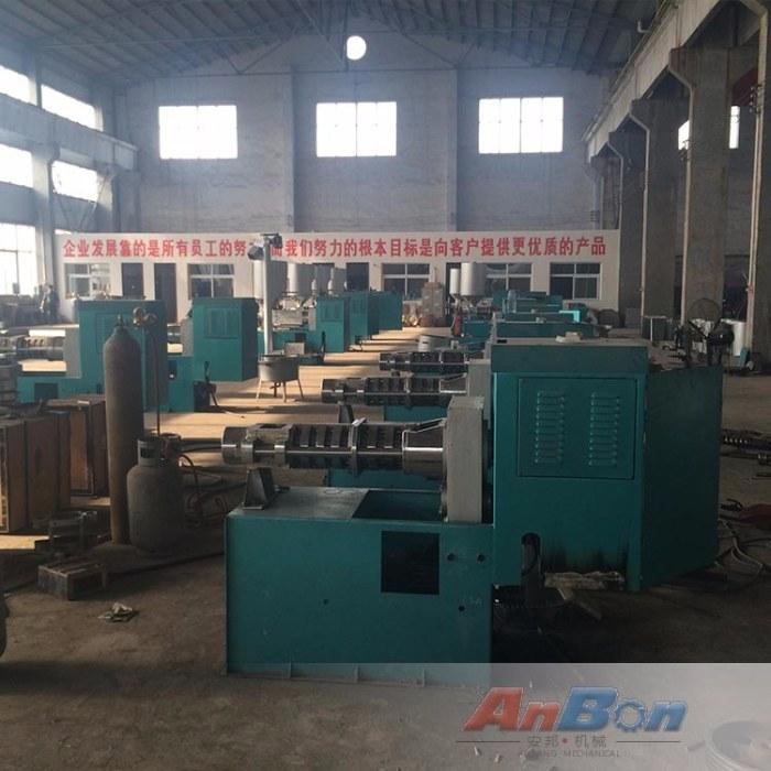 棉籽液压榨油机 芝麻香油榨油机 高压液压榨油机生产价格