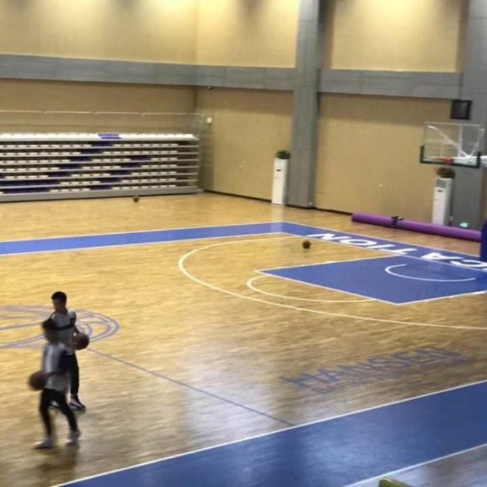 大量供应篮球场木地板优质材料 体育馆木地板安装结构