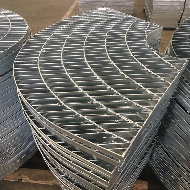 河北厂家定做异形钢格板 异形楼梯防滑踏步钢格板 树池盖板 规格齐全