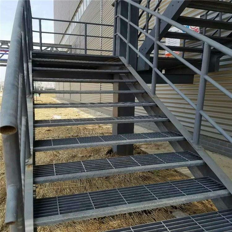 特源厂家直销不锈钢耐磨防滑水格栅板定制钢梯踏步板