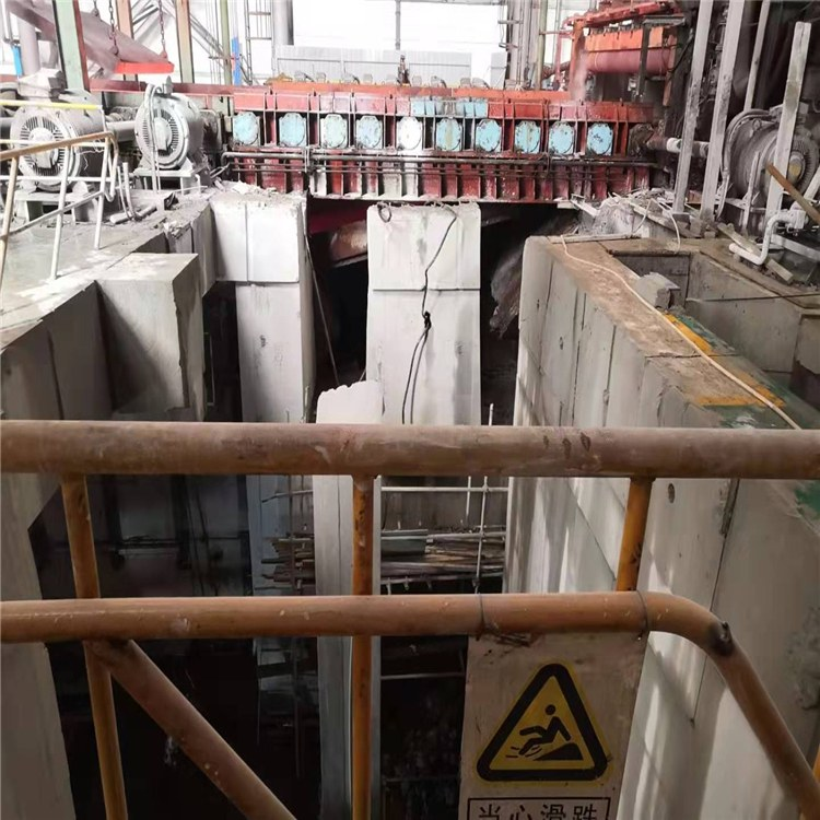 米迪尔  设备基础切割   混凝土基础切割拆除