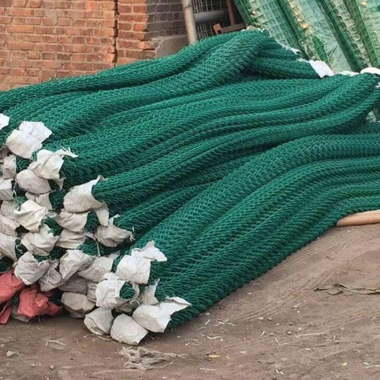 厂家现货防护网围栏 运动球场防护网 勾花网现货可定制