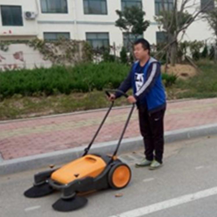 一诺机械手推式无尘扫地机 无动力清扫车