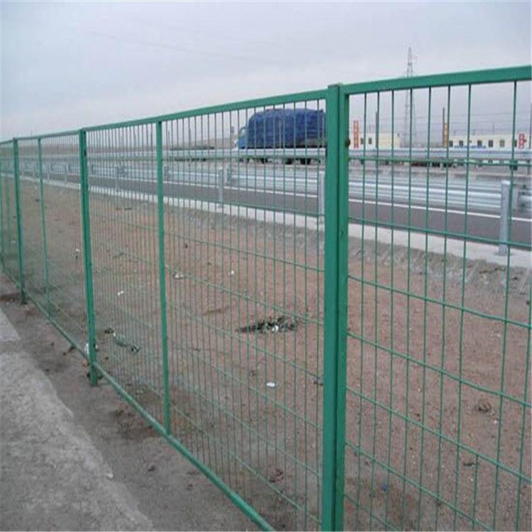 铁路隔离栅 公路隔离栅 公路护栏网 汇元厂家值得信赖