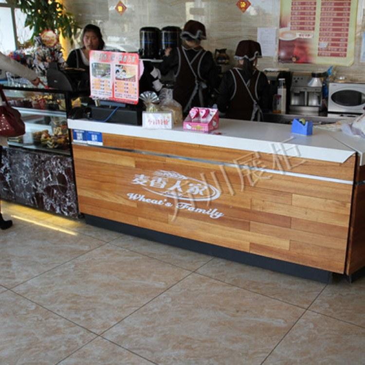 糕点房面包蛋糕店复古接待收银台 万川展柜 蛋糕店复古接待收银台 新中式实木吧台
