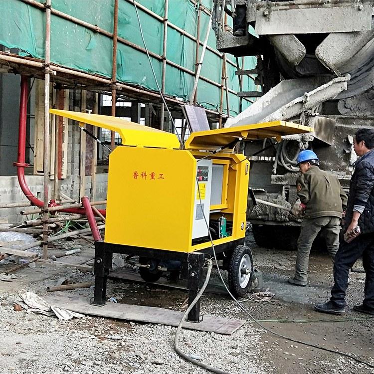 小型混凝土泵车10万以下-服务周到一用即爱[鲁科重工]
