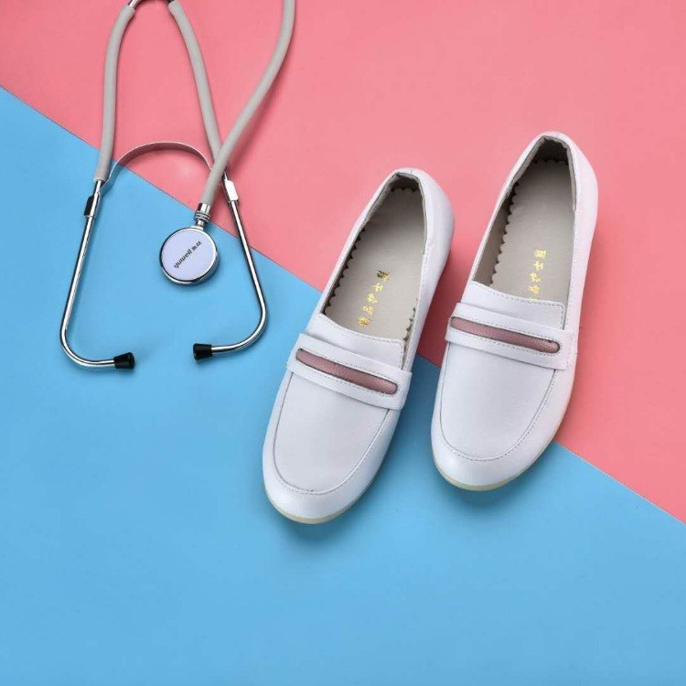 护士鞋白色舒适牛筋软底女装工鞋妈妈孕妇单鞋秋韩版上班白鞋坡跟