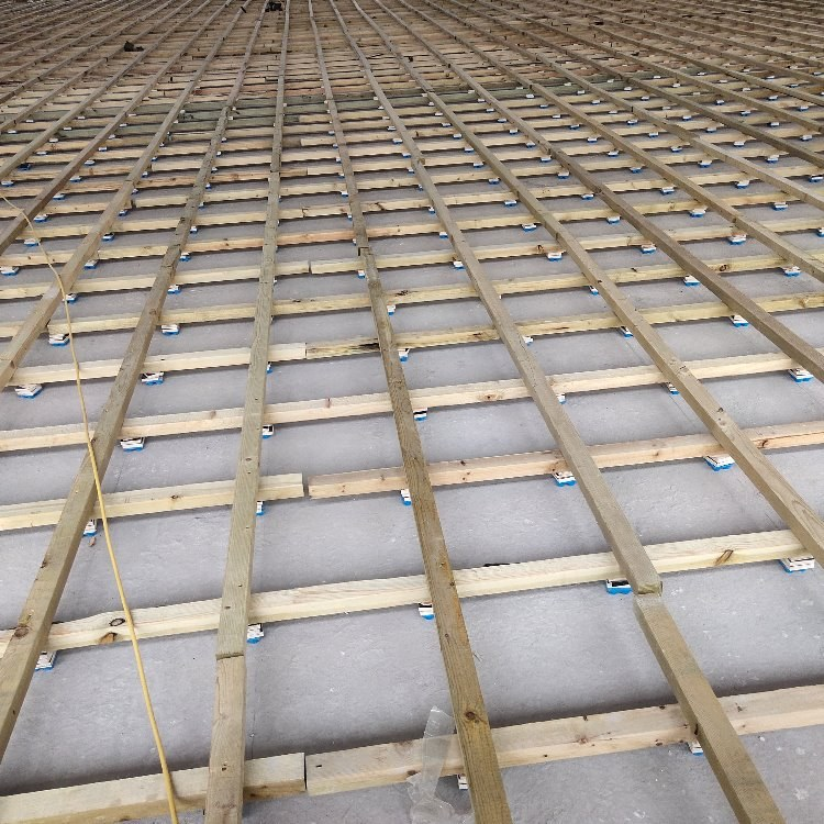 昊霖体育大量室内篮球馆木地板  室内专用木地板供应